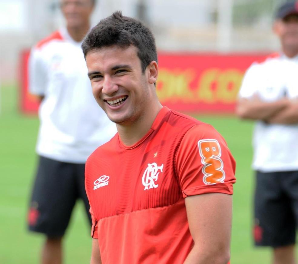 Lucas Quintino foi campeão da Copinha pelo Flamengo (Foto: Reprodução/Facebook)