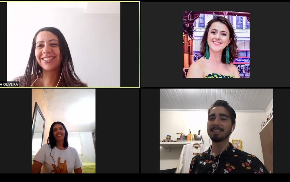 Curso de inglês por videoconferência, no DF — Foto: Michelle Bareu/Arquivo Pessoal