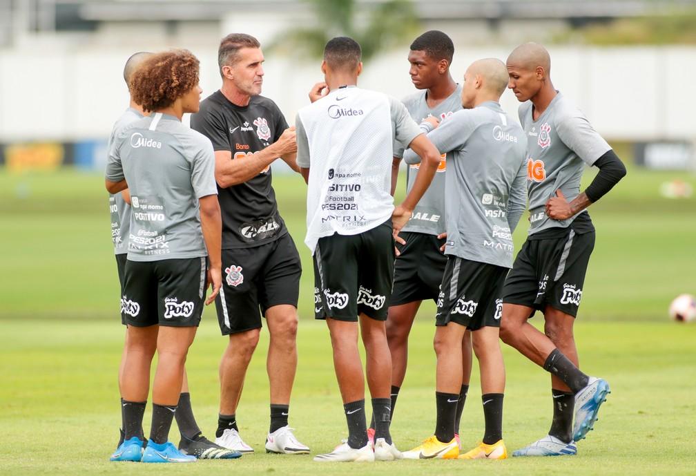 Escalação do Corinthians: com mais de um time de desfalques, Mancini vai recorrer a jovens