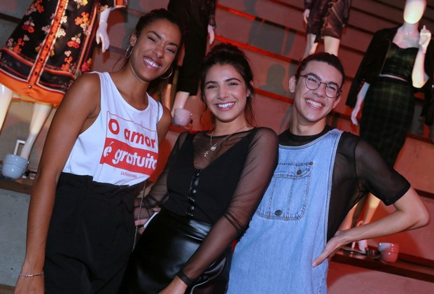 Yara Cherry, Raissa Bratillieri e Pedro Vinícius (Foto: Anderson Borde/AgNews)
