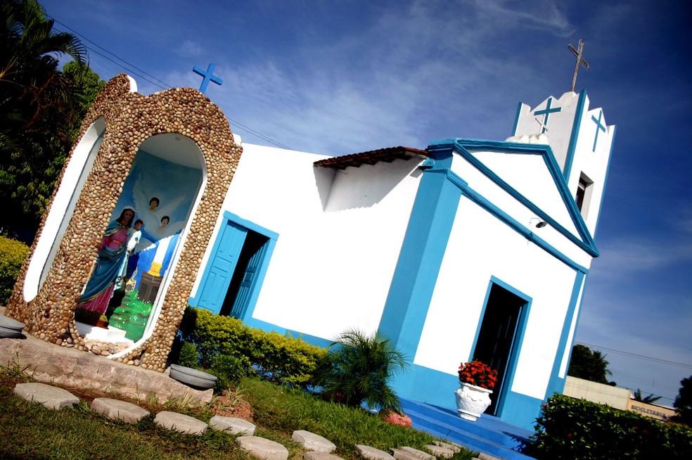 Igreja Nossa Senhora da Guia foi a primeira construída na cidade — Foto: Prefeitura de Várzea Grande-MT/ Assessoria