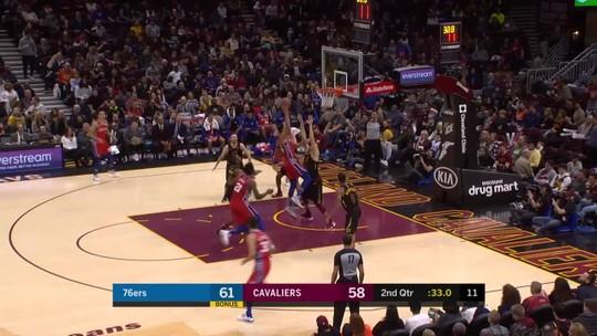 Triplo-duplo de Ben Simmons embala vitória dos 76ers sobre os Cavaliers