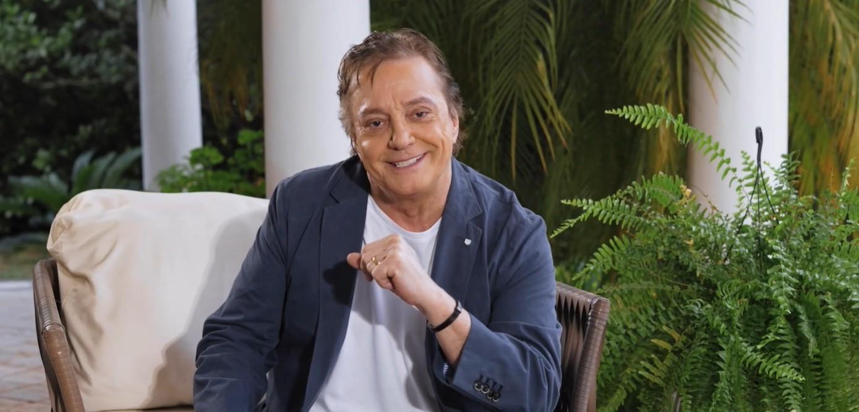O cantor Fábio Jr. em peça publicitária da Bluemoon