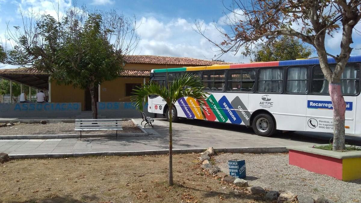 'Leva Itinerante' realiza atendimento no bairro das Rendeiras, em Caruaru
