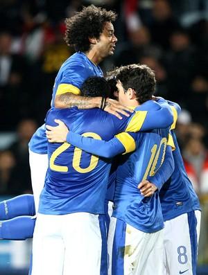 Brasil comemora gol contra o Iraque (Foto: Mowa Press)