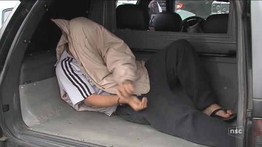 Suspeito de se passar por funcionário do Detran e aplicar golpes é preso em SC
