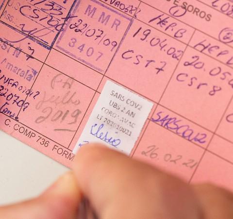 Como comprovar comorbidades para se vacinar contra a Covid-19 no Brasil