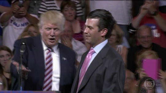 Trump admite que filho se reuniu com russos para informações sobre Hillary