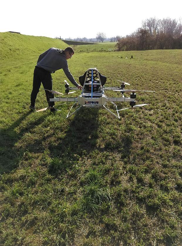 Kart voador pessoal faz seu primeiro voo tripulado (Foto: divulgação)