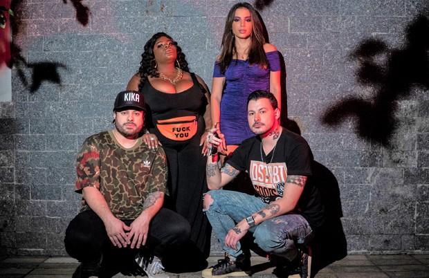 Anitta com Jojo Todynho e o duo Seakret (Foto: Divulgação)