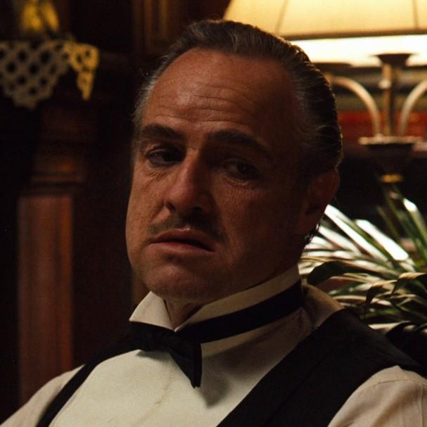 """Marlon Brando em """"O Poderoso Chefão"""" (Foto: Reprodução)"""
