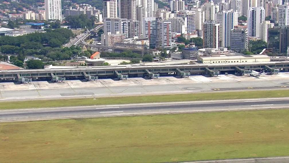 Pátio do aeroporto de Congonhas vazio em 31 de março — Foto: TV Globo/Divulgação