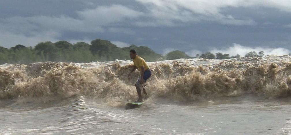 Avanço do mar saliniza rio Amazonas e deixa comunidades em estado de emergência