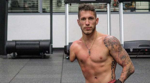 Nick Santonastasso também é bodybuilder  (Foto: Reprodução)