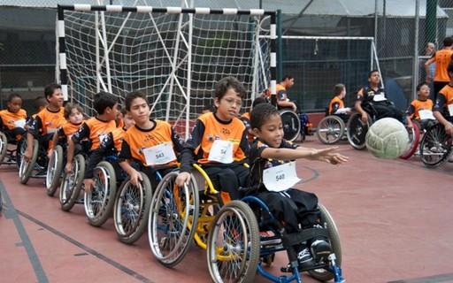 Esporte adaptado: como ele contribui para o desenvolvimento das crianças com deficiências