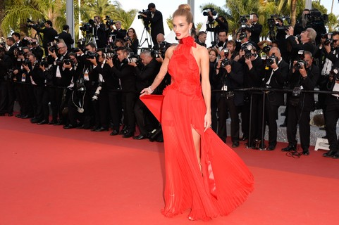 Rosie Huntington-Whiteley, de Alexandre Vauthier