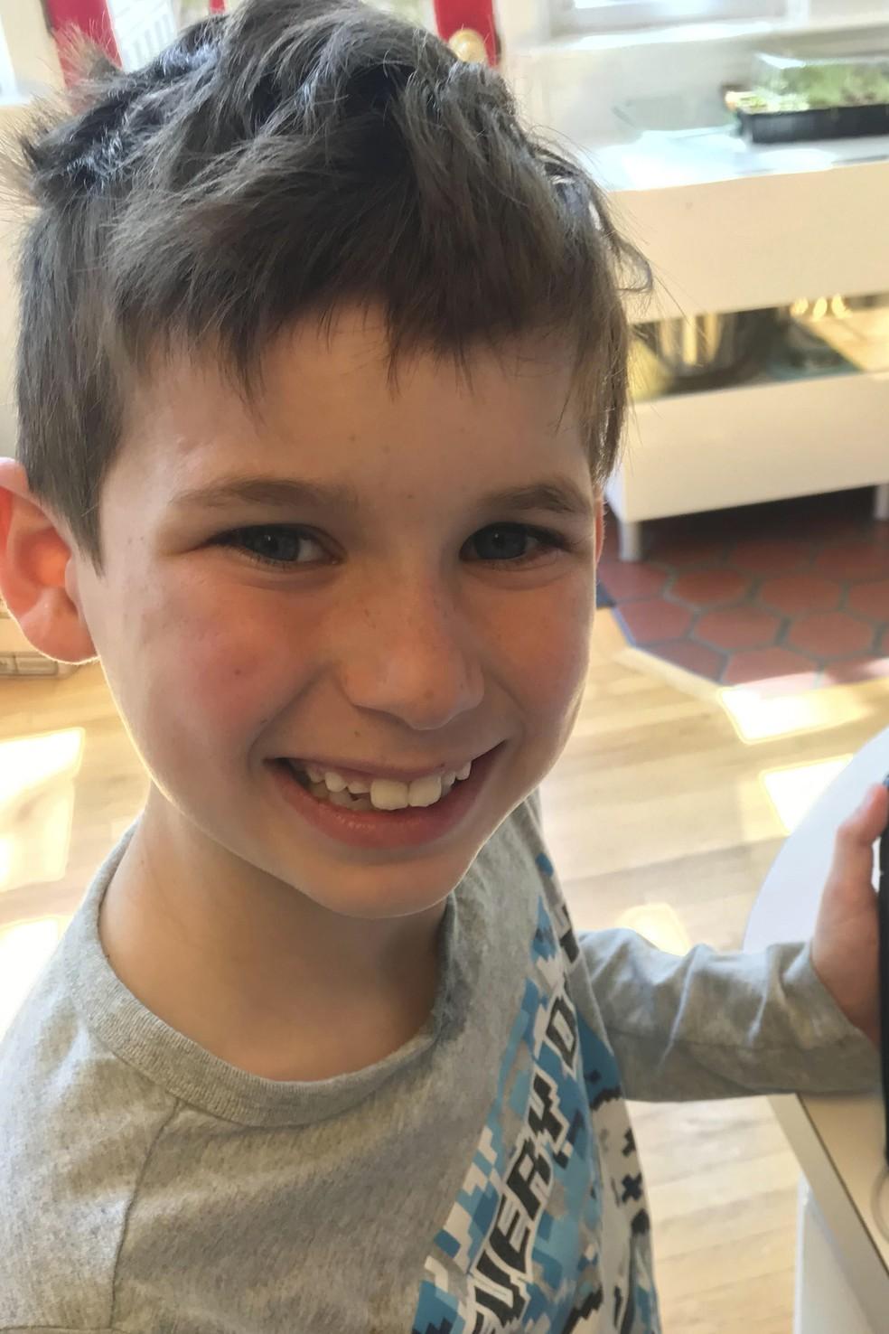 Gideon Joseph Kennedy McKean em imagem publicada em rede social pela mãe, Maeve — Foto: Twitter / via AP Photo