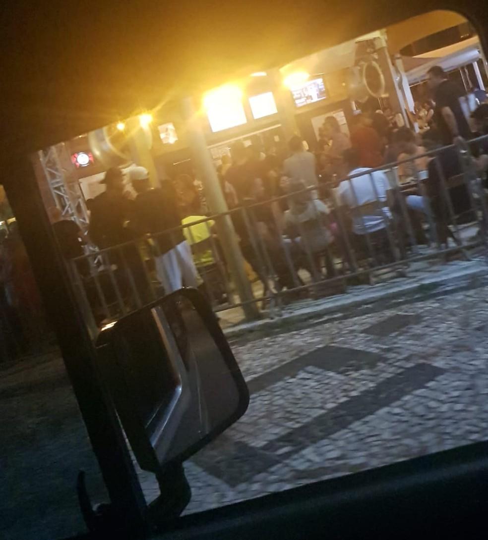 Bares de Natal têm aglomerações — Foto: Felipe Melo/Cedida