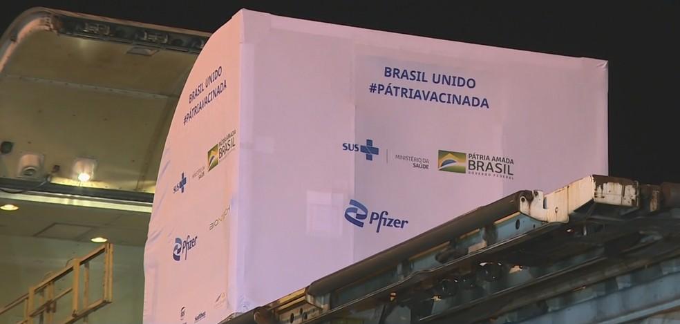 Primeiro lote com 1 milhão de doses da vacina da Pfizer chega ao centro de  distribuição do Ministério da Saúde em Guarulhos | São Paulo | G1