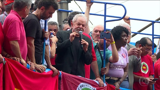 Em discurso, Lula ataca Bolsonaro, procuradores da Lava Jato e os ministros Moro e Guedes