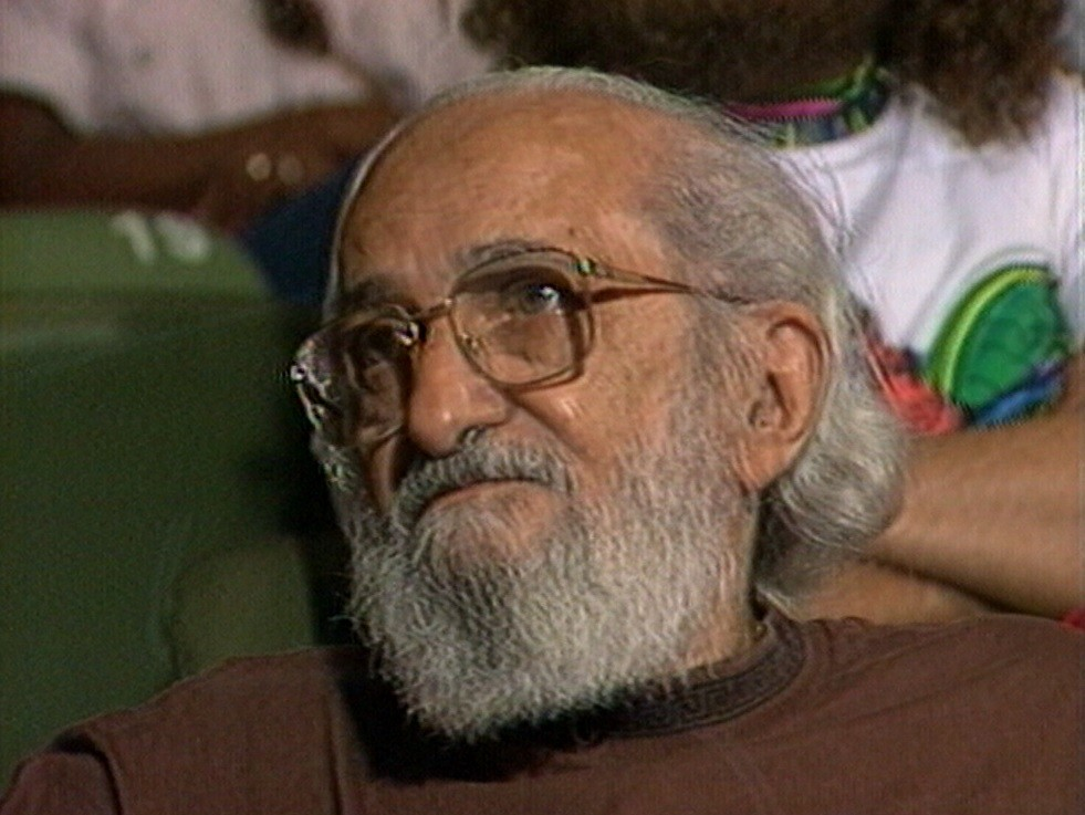 Concurso de redação para professores homenageia centenário de Paulo Freire em Caruaru