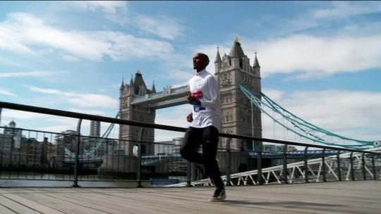 Mo Farah empolgado para reestrear na Maratona de Londres