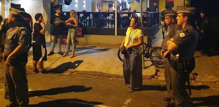Bares próximos a universidade estão no foco da fiscalização em Santos - Noticias
