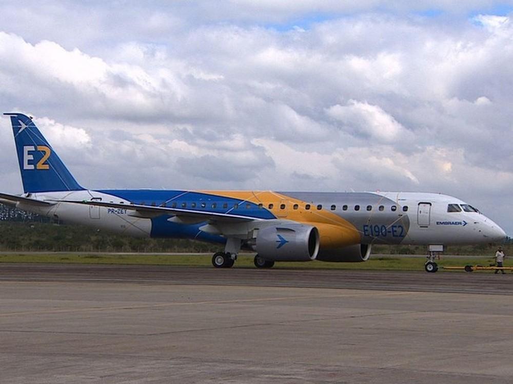 binter  u00e9 a empresa espanhola que encomendou o embraer e195