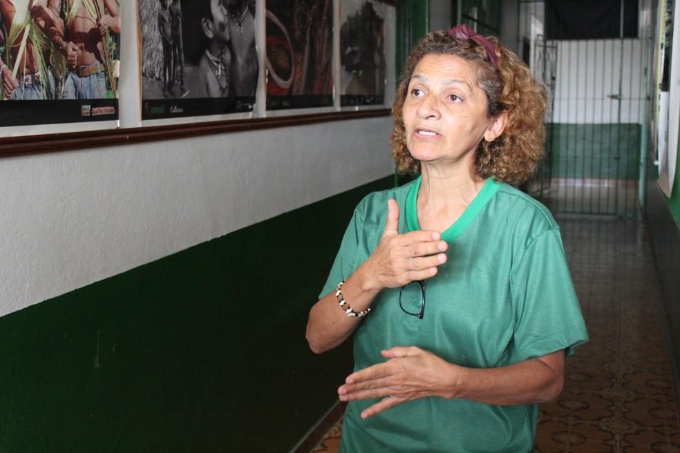 Ambientalista Ivaneide Bandeira diz que governo precisa tomar atitude drástica para evitar o desmatamento nas terras indígenas de RO.  — Foto: Mayara Subtil/G1