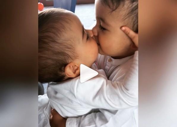 Martina e Mateo protagonizam momento fofo na web (Foto: Reprodução/ Instagram)