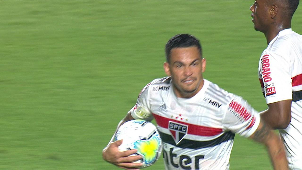 No empate contra o Bragantino ele também deixou o dele