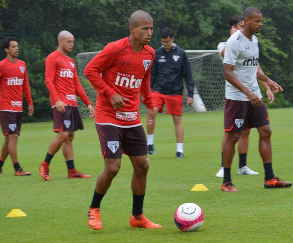 Marquinhos Cipriano tem contrato até setembro (Foto: Érico Leonan/saopaulofc.net)