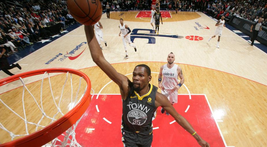 dc0bddc198 ... Durant faz partida irretocável, Warriors vencem os Wizards e ameaçam o  Houston