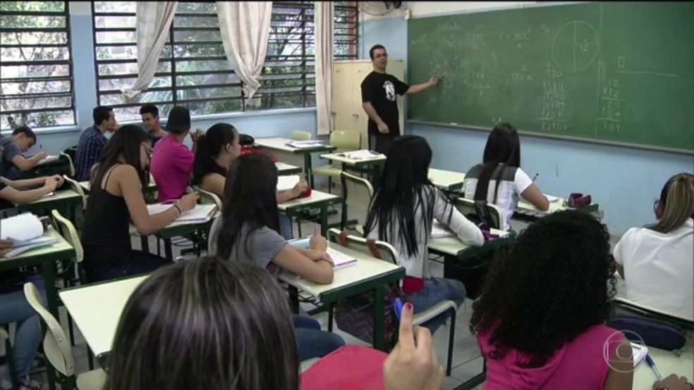 Estudo coloca o Brasil como o país que mais tem casos de violência contra professor (Foto: Reprodução/TV Globo)