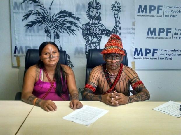 Indígenas fizeram uma coletiva de imprensa para divulgar carta ao Governo que pede fim de hidrelétricas na Amazônia. (Foto: Glauce Monteiro/G1 Pará)