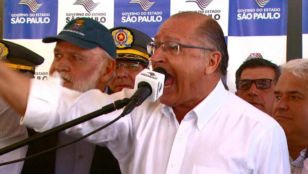 Alckmin gritou com deputado durante discurso em São Carlos (Foto: Wilson Aiello/EPTV)