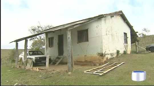 Homem de 46 anos e adolescente de 16 são mortos a tiros em Cruzeiro, SP