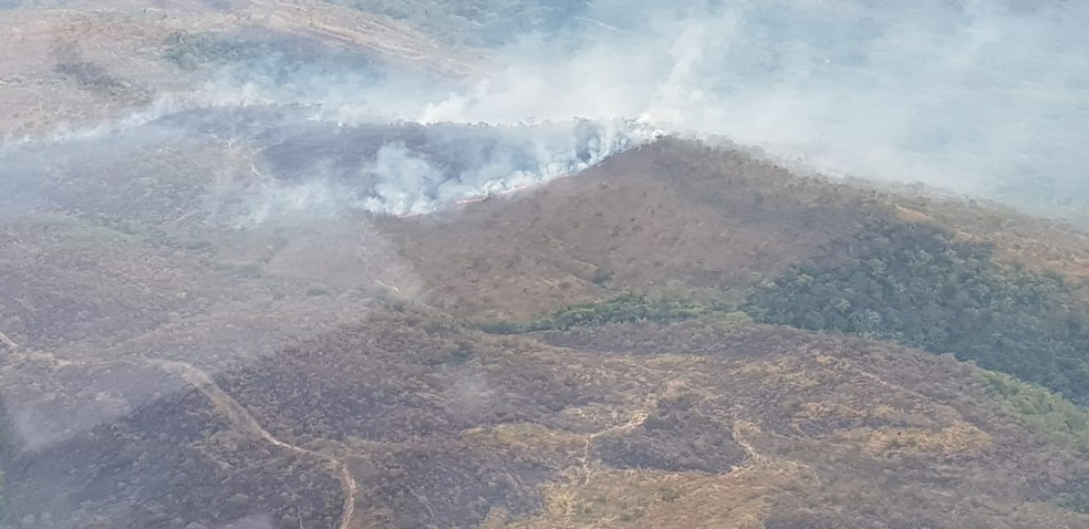 Incêndio em área de preservação próximo à nascente do Rio Paraguai (Foto: CBM-MT)