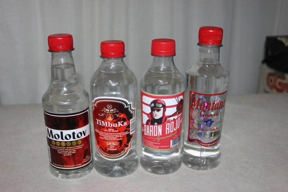 Governo da Costa Rica apreendeu mais de 30 mil unidades de bebidas contaminadas. — Foto: Divulgação/Ministério da Saúde da Costa Rica