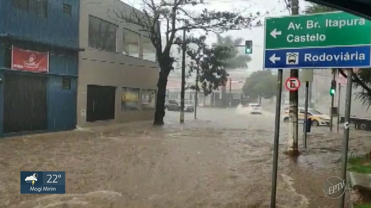 Veja imagens dos estragos provocados pela chuva forte em Campinas nesta sexta-feira (26)