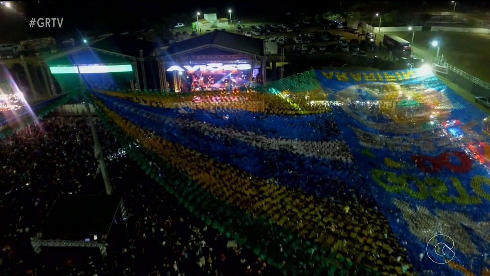 Parque três Vaqueiros atrai cerca de 15 mil pessoas na primeira noite do São João de Araripina (Foto: Reprodução/ TV Grande Rio )
