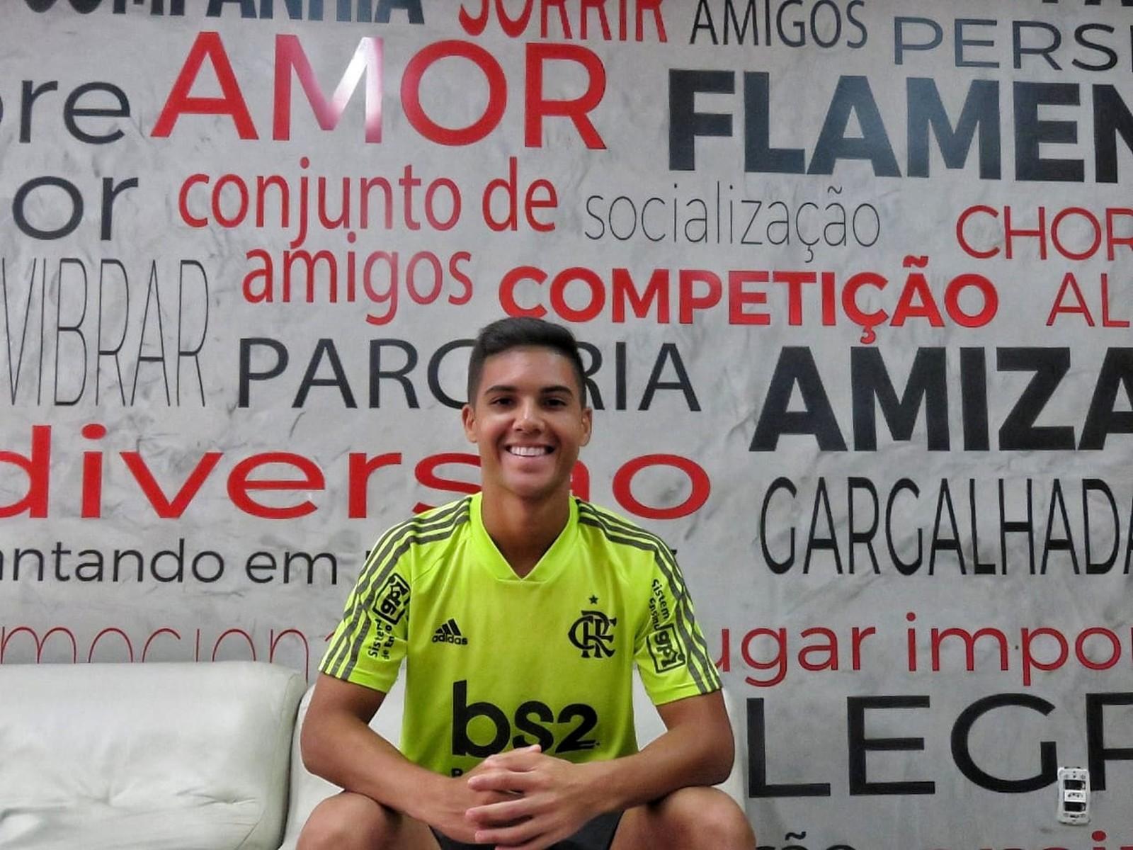 Fã de Diego e multa de R 213 milhões: Yuri de Oliveira, o camisa 10 do Flamengo na Libertadores sub-20