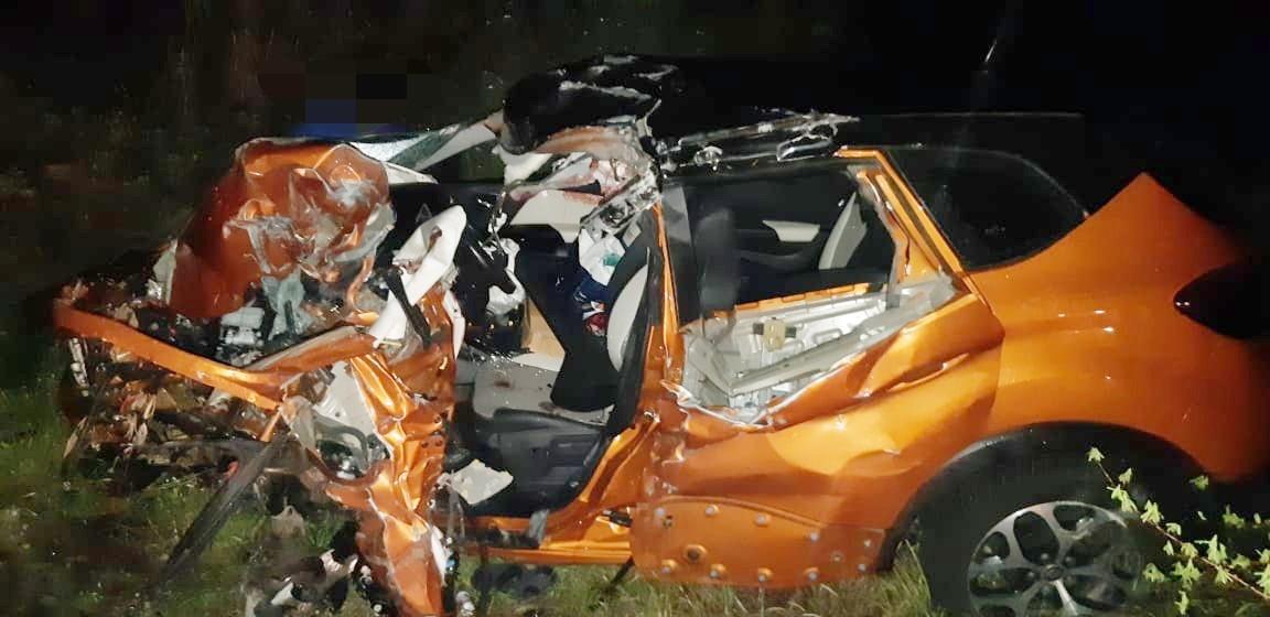Médico morre após carro colidir frontalmente em caminhão na BR-232, em Tacaimbó