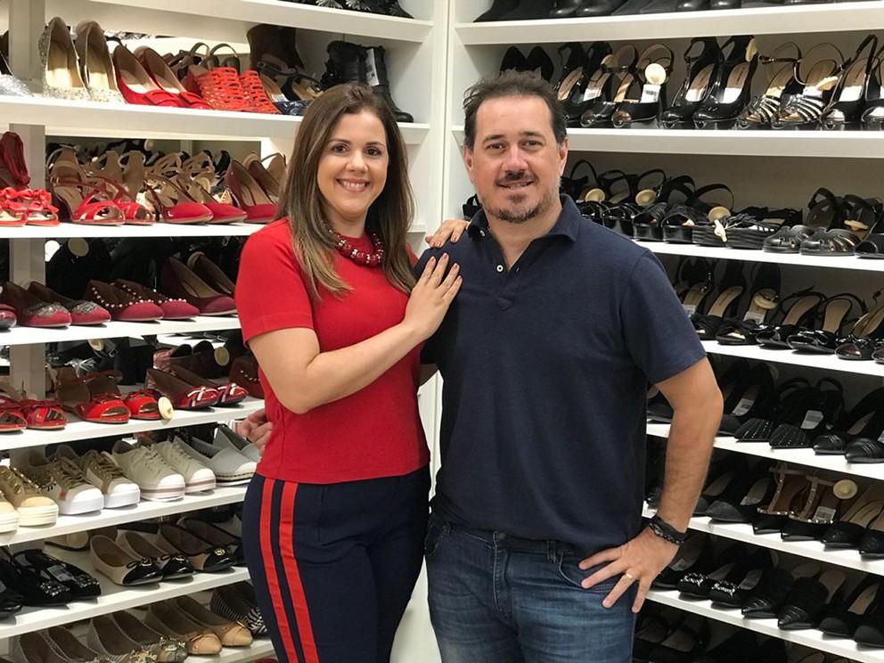"""Os franqueados os Pollyana e Milton Blanco: """"Inauguramos nossa segunda loja e estamos muito satisfeitos"""" (Foto: Divulgação)"""