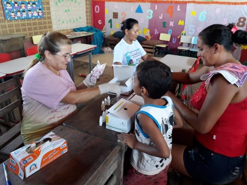 -  Atendimento em saúde a comunitários da região do Arapiuns, em Santarém  Foto: Agência Santarém/Divulgação