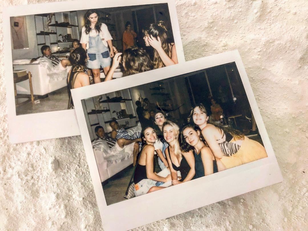 Bruna Marquezine, Fernando Nobre, Tatá Werneck, Marina Moschen e Nathalia Dill (Foto: Reprodução Instagram)