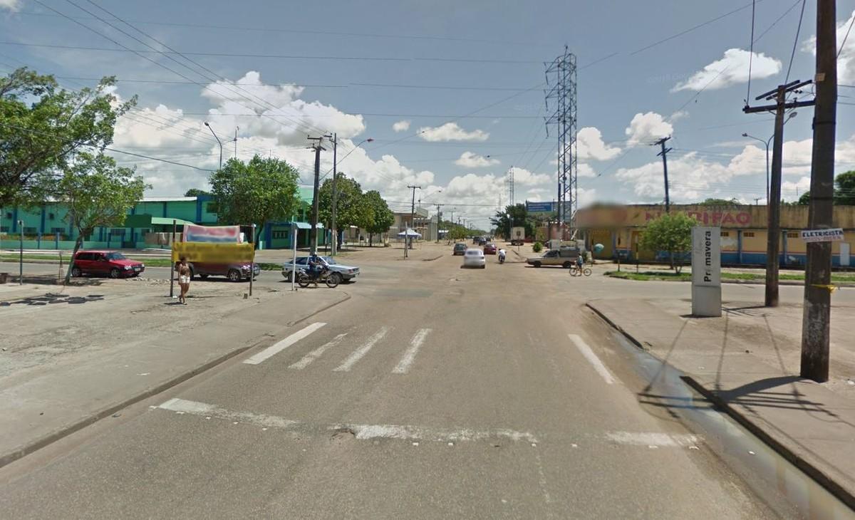 Agricultor é assaltado em RR por casal armado e tem moto roubada em semáforo