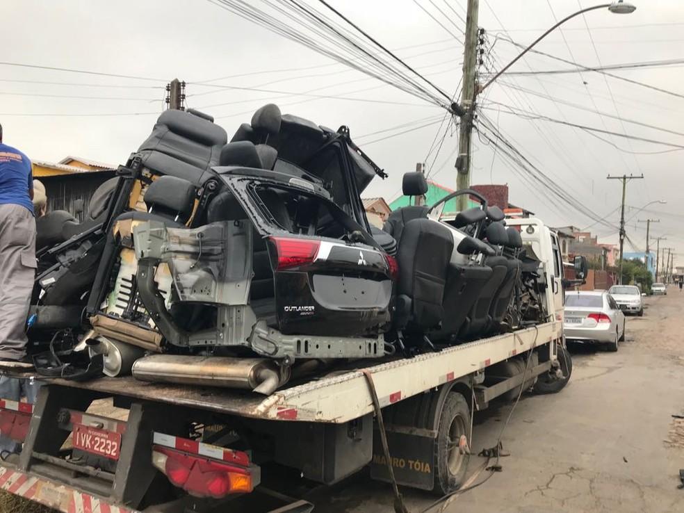 Peças de veículos localizadas pela polícia durante a operação (Foto: Polícia Civil/Divulgação)
