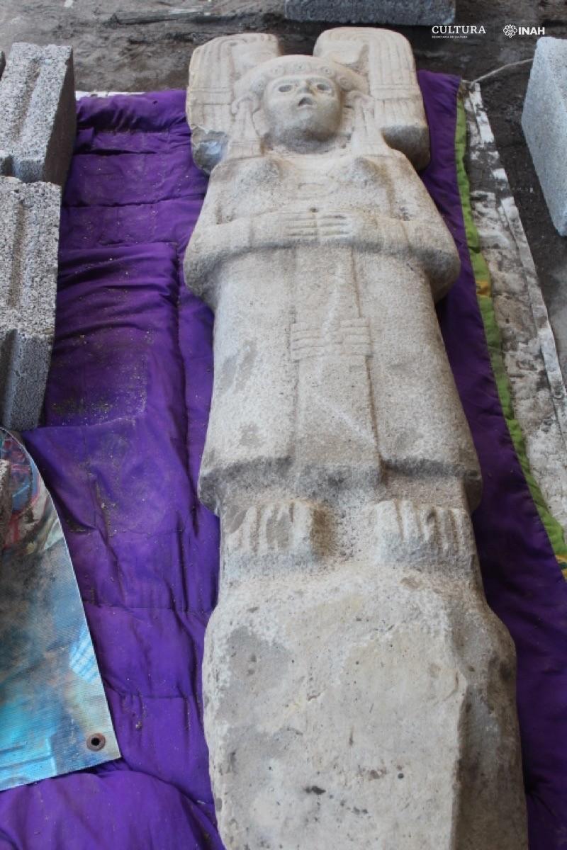 La escultura mide unos dos metros de altura (Foto: Maria Eugenia Maldonado White)