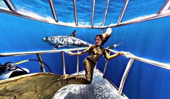 Linden Wolbert já nadou entre tubarões para ação comercial  (Foto: Divulgação / Instagram)